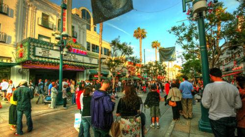 People walking down Third Street promenade shopping district.